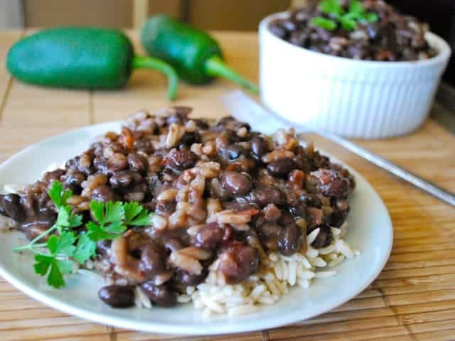 Slow Cooker Spicy Cuban Black Beans and Rice