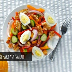 Bacon, Egg and Toast Salad