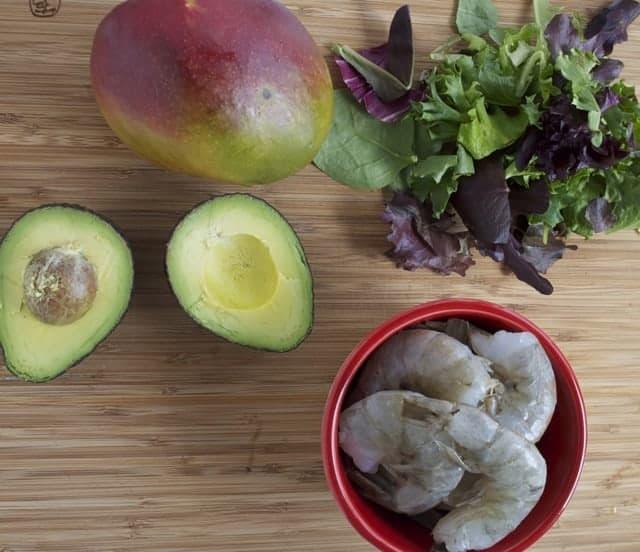 Grilled Avocado and Shrimp Salad Recipe