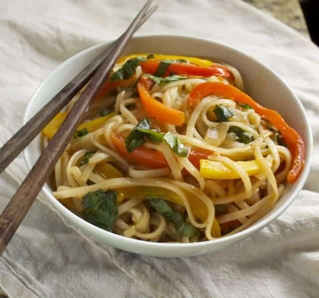 Thai Drunken Noodles | Betsylife.com