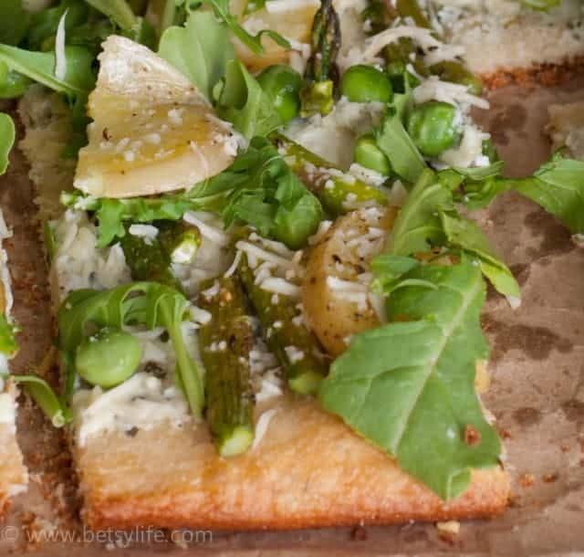 arugula-pizza-detail