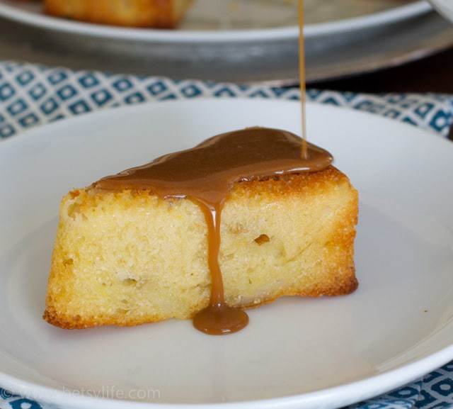 recipe: pear cake with caramel sauce [1]