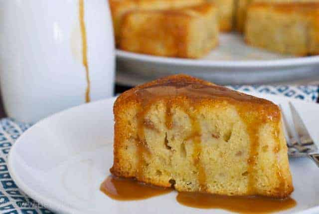 recipe: pear cake with caramel sauce [15]
