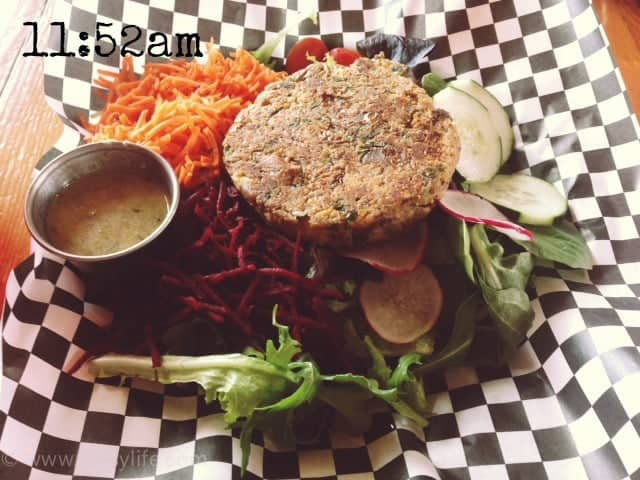 text-Wordless-Wednesday-lunch-1152am