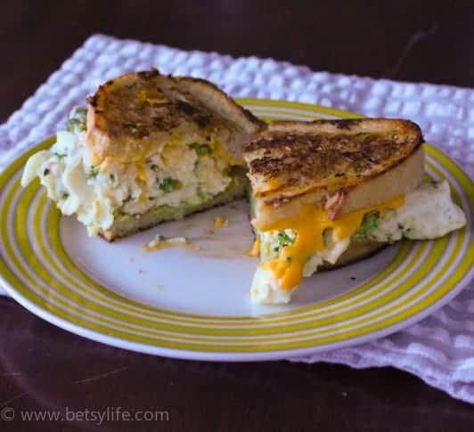Breafast-after-dark-egg-white-sandwich-recipe-serving