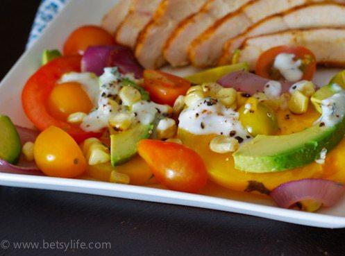 tomato-avocado-salad-recipe-serving