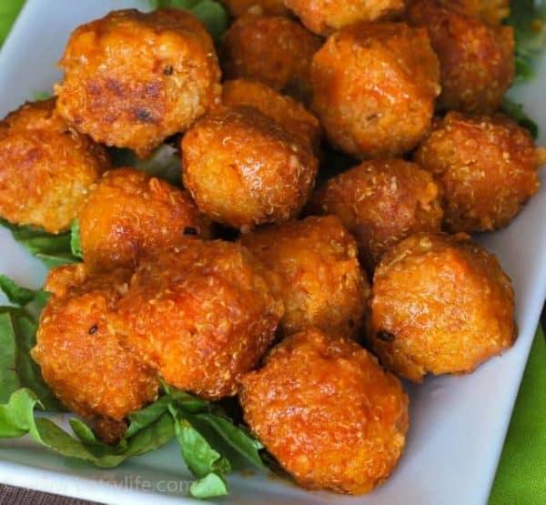 Best Easy Vegan Recipes - Buffalo Quinoa Bites| Homemade Recipes http://homemaderecipes.com/course/breakfast-brunch/vegan-recipes