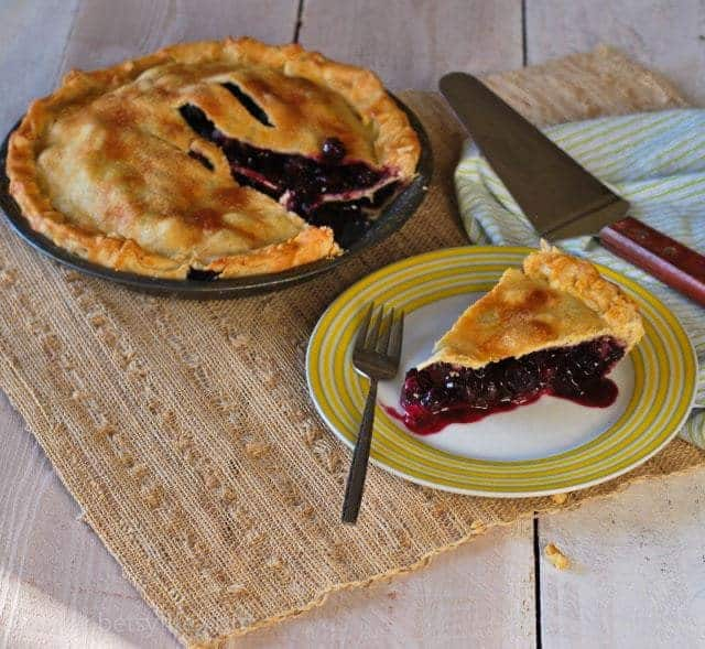 classic-blueberry-pie-recipe-serving