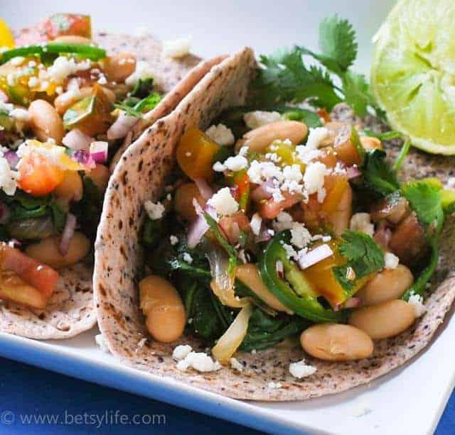 White-bean-spinach-taco-recipe-serving