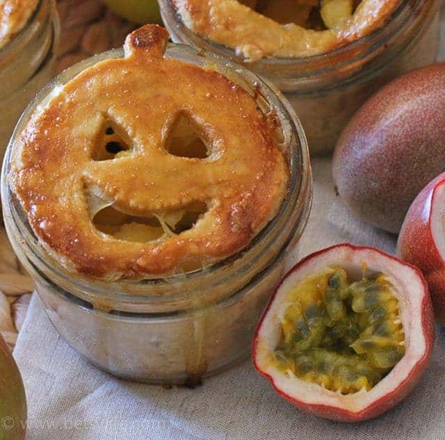 apple-passion-fruit-pie-in-a-jar-recipe-serving