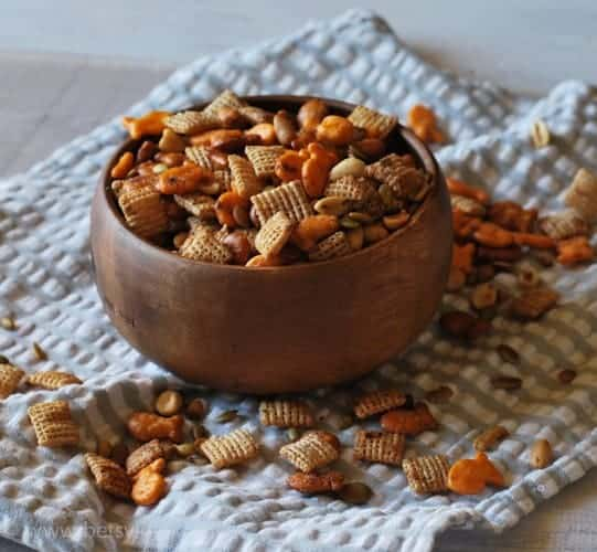 Goldfish-snack-mix-recipe-2