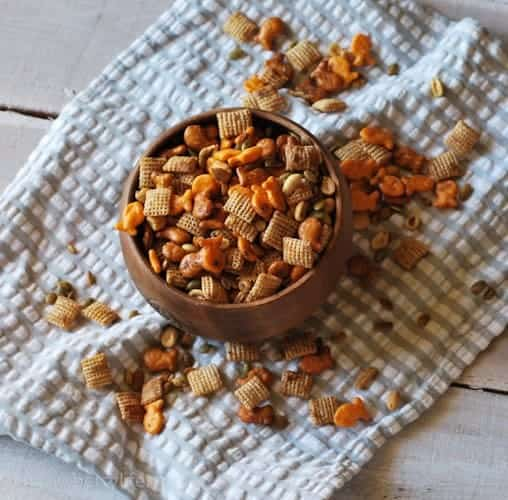 goldfish-snack-mix-recipe
