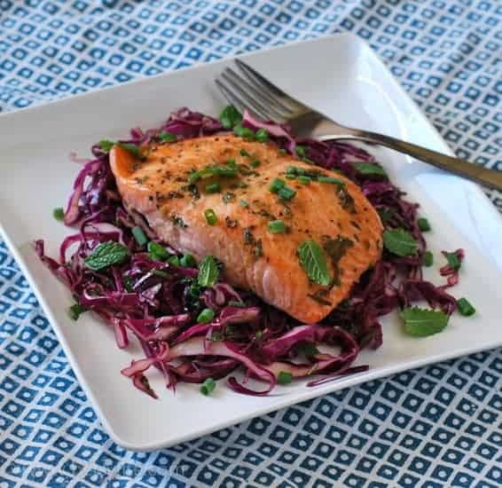 Roasted Salmon with a Cabbage and Mint Slaw | Betsylife.com