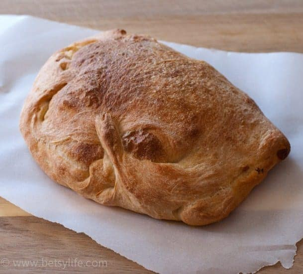 Sausage and Pepper Calzones   Betsylife.com
