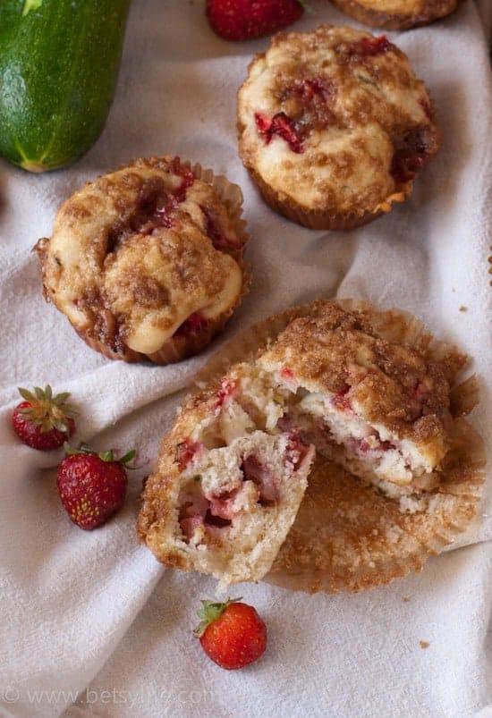 Strawberry Zucchini Muffins   Betsylife.com