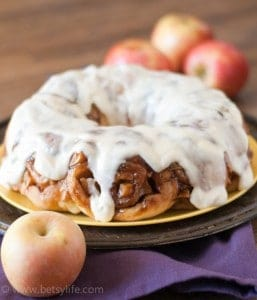 apple-cider-cinnamon-roll-bundt-cake-recipe-2