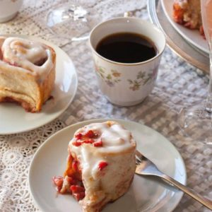 Fresh Strawberry Cinnamon Rolls