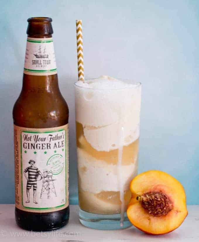 Hard Ginger Ale Ice Cream Floats
