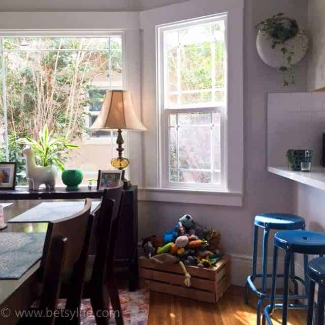 Home tour. Oakland, California. How to mix new and vintage details