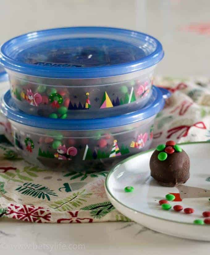 blue plastic container with white plate