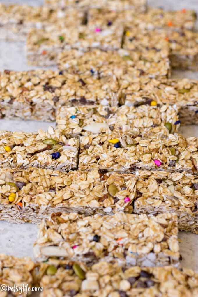 detail close up of homemade no bake granola bars